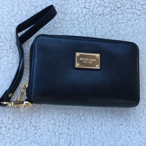 New without tags Michael Joe's black wallet